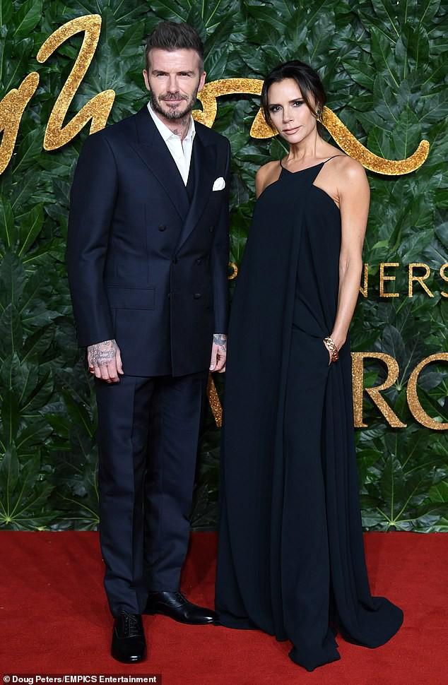 Choáng với chi phi hàng trăm triệu đồng mà vợ chồng Beckham bỏ ra để dập tắt tin đồn ly hôn - Ảnh 1.