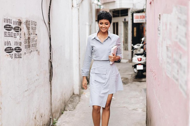 Street style sao Việt cuối năm: Hà Hồ không đi tất dù trời lạnh, Kỳ Duyên và Minh Triệu cùng diện đồ màu nóng - Ảnh 3.