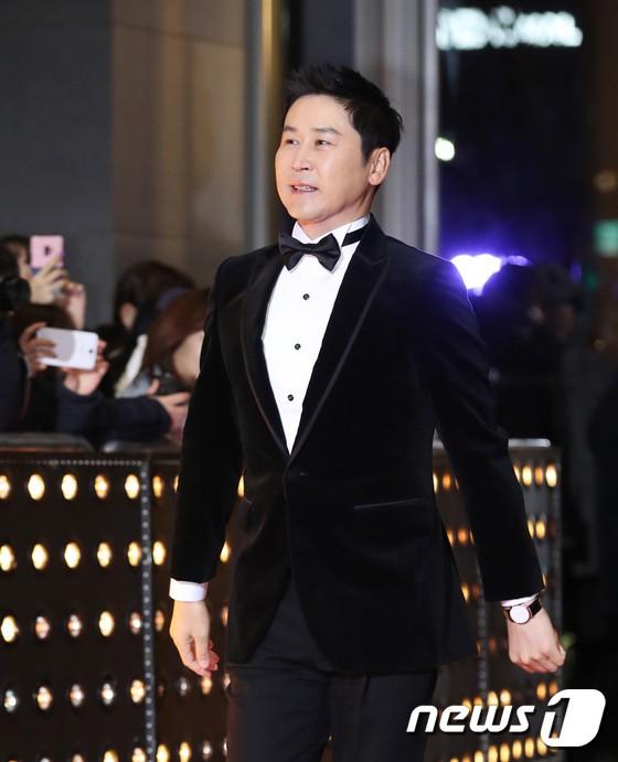 Thảm đỏ SBS Drama Awards: Jang Nara tăng cân vẫn quá đẹp, nàng Kim Sam Soon đọ body nóng bỏng bên loạt minh tinh - Ảnh 36.
