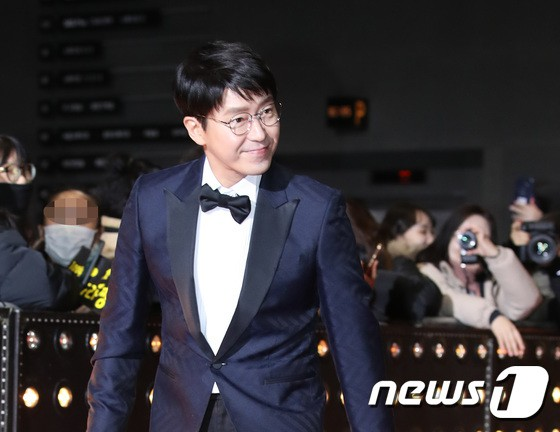 Thảm đỏ SBS Drama Awards: Jang Nara tăng cân vẫn quá đẹp, nàng Kim Sam Soon đọ body nóng bỏng bên loạt minh tinh - Ảnh 32.