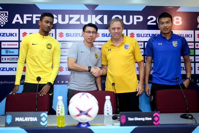 HLV tuyển Thái Lan và Malaysia nắn gân nhau trước trận bán kết lượt về AFF Cup 2018 - Ảnh 2.