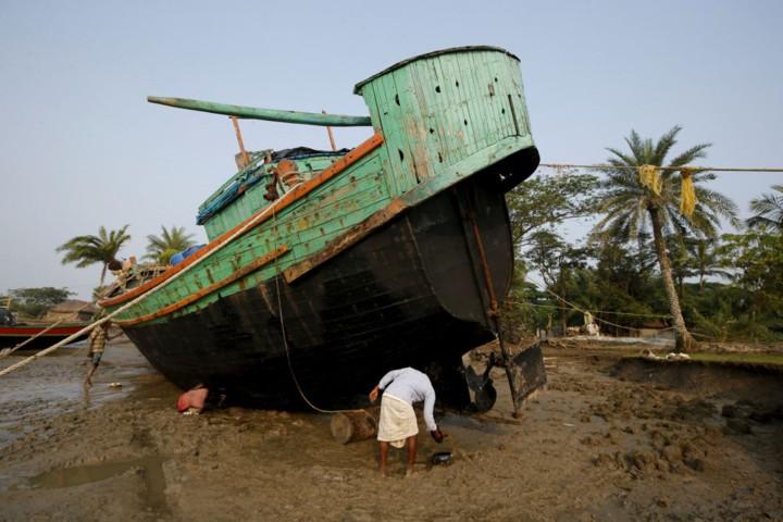 Cuộc sống trên hòn đảo đang chìm dần của Ấn Độ - Ảnh 3.