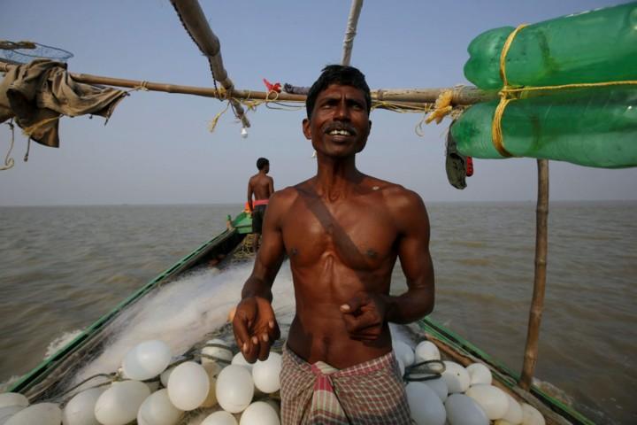 Cuộc sống trên hòn đảo đang chìm dần của Ấn Độ - Ảnh 9.