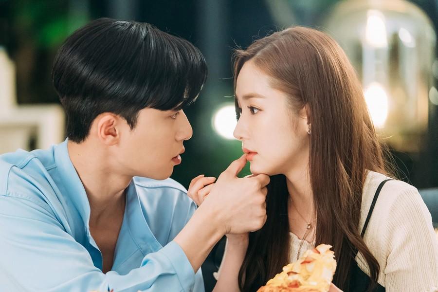 """Nhìn xem phim Hàn 2018 đã cho """"ra mắt chị em"""" bao nhiêu chàng bạn trai trong mơ! - Ảnh 10."""