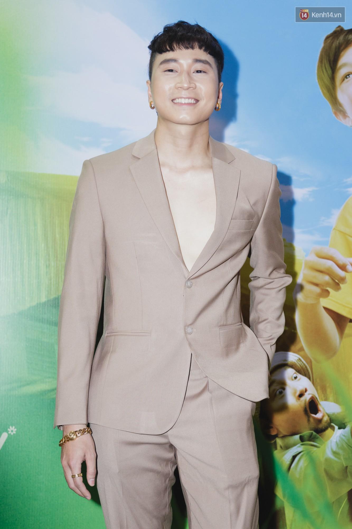 Kaity Nguyễn và Lâm Thanh Mỹ đọ sắc, người xinh như búp bê, người thanh lịch dịu dàng bên thảm đỏ ra mắt phim - Ảnh 18.
