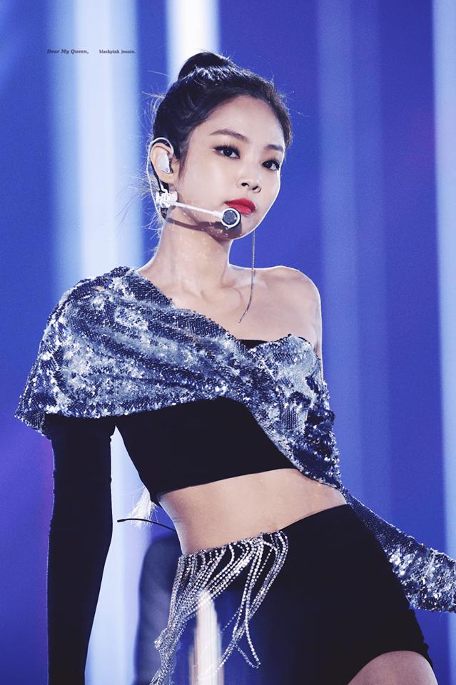Giữa tâm bão chỉ trích, Jennie đột nhiên được Netizen Hàn Quốc khen đầu có hình đẹp - Ảnh 1.