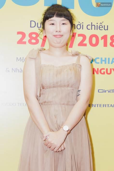 Kaity Nguyễn và Lâm Thanh Mỹ đọ sắc, người xinh như búp bê, người thanh lịch dịu dàng bên thảm đỏ ra mắt phim - Ảnh 4.