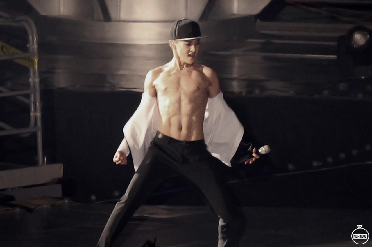 Nhìn những nam idol Kpop một thời mặt búng ra sữa lột xác ngoạn mục, cánh mày râu sẽ có thêm nhiều động lực - Ảnh 19.