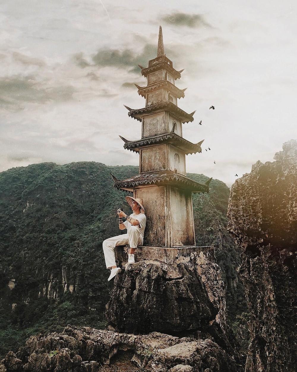 Tọa độ check-in hot nhất ở Ninh Bình: Hùng vĩ và ảo diệu không thua gì cảnh phim cổ trang - Ảnh 9.