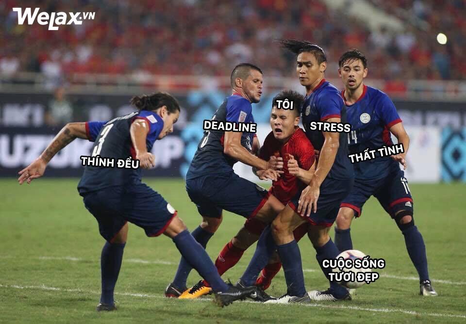 Sau Công Phượng, lại đến hình ảnh Quang Hải kẹp giữa 4 cầu thủ đội bạn lên bàn chế meme của cộng đồng mạng! - Ảnh 5.