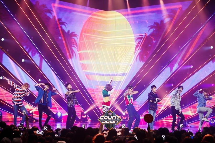 Đây có thể là lễ trao giải cuối năm hiếm hoi EXO tham dự, nhưng fan lại bất lực vì không được vote - Ảnh 2.