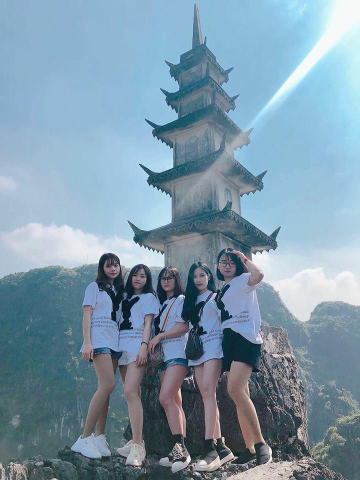 Tọa độ check-in hot nhất ở Ninh Bình: Hùng vĩ và ảo diệu không thua gì cảnh phim cổ trang - Ảnh 6.