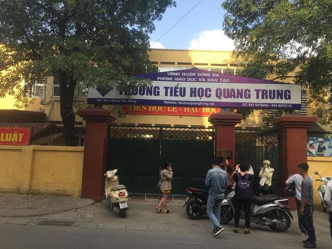 Vụ tát học sinh 50 cái: Họp báo từ trường Tiểu học Quang Trung Đống Đa - Ảnh 3.