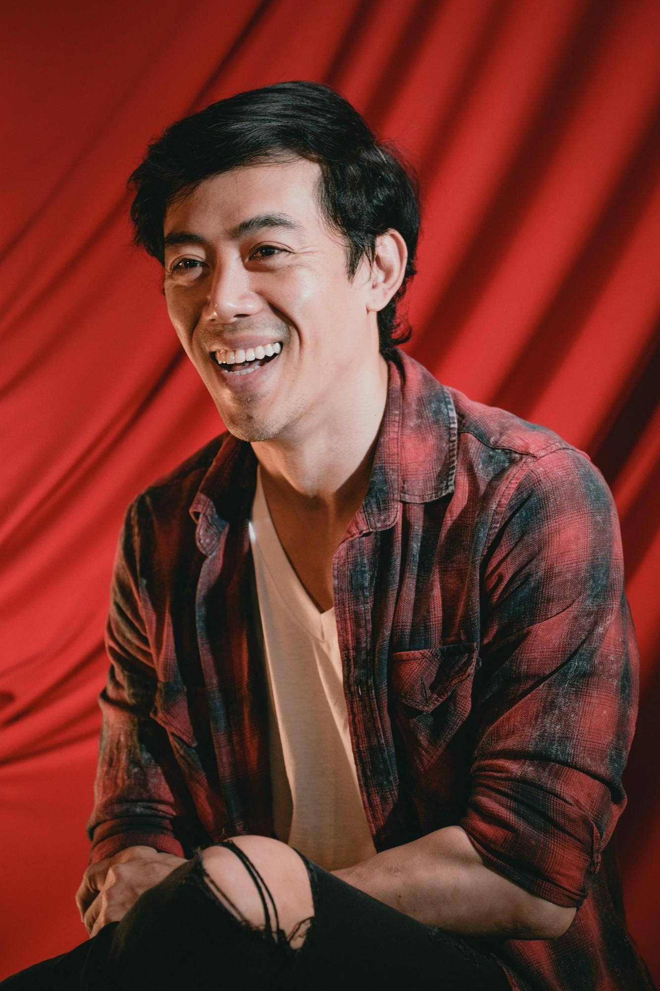 Đạo diễn Song Lang: Leon Quang Lê, người con xa xứ trót mang nợ với cải lương - Ảnh 2.
