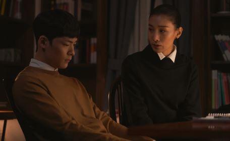 """Giải mã sức hút """"Sky Castle"""": Dự án chỉ sau một đêm đã vượt mặt phim của Kim Yoo Jung và lọt top dẫn đầu lượt xem có gì hot? - Ảnh 4."""