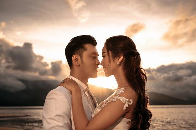 Ưng Hoàng Phúc đưa trọn vẹn đám cưới cổ tích cùng bà xã Kim Cương vào MV mới - Ảnh 5.