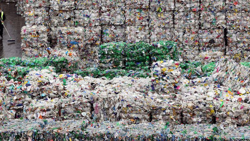 Khủng hoảng rác thải trầm trọng đang xảy ra tại Mỹ, và các chuyên gia vẫn chưa biết cần phải làm gì - Ảnh 2.