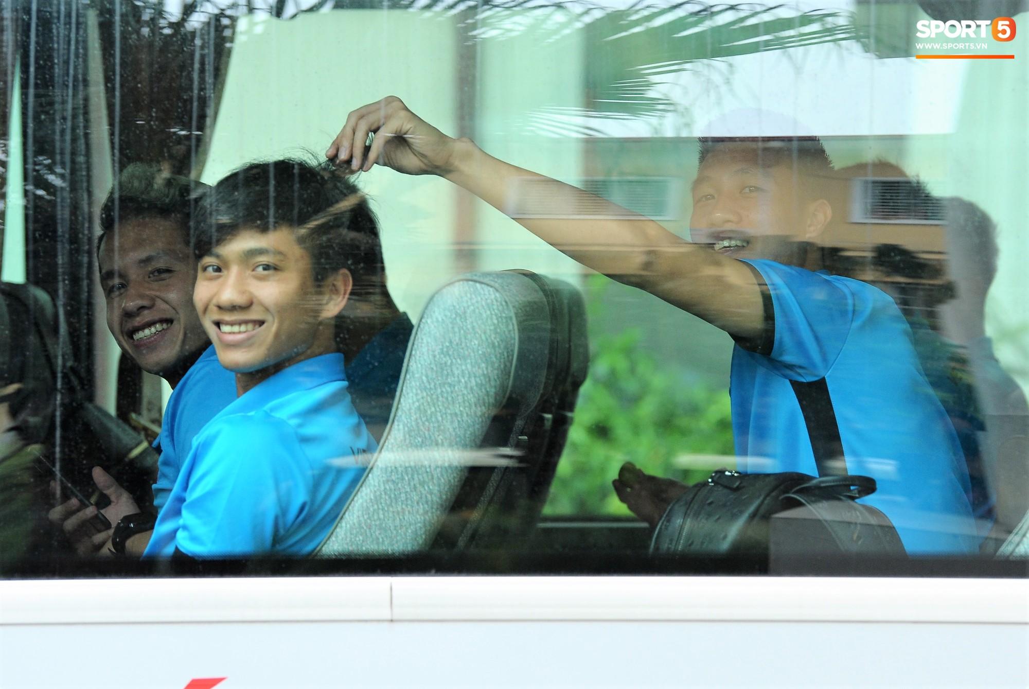 Chung kết AFF Cup 2018: ĐT Việt Nam lên đường sang Malaysia - Ảnh 1.