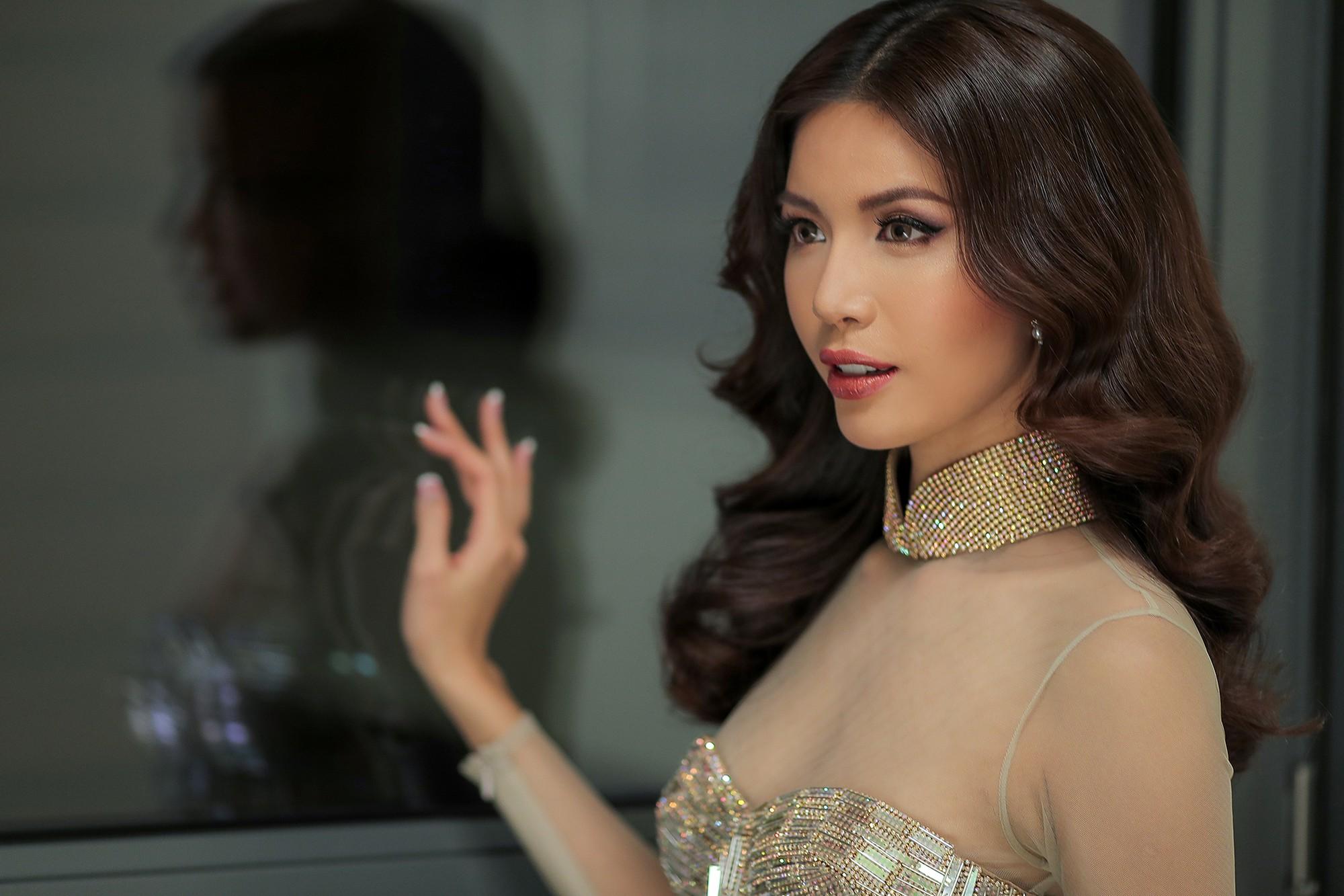 Ba Lan lạnh 0 độ, Minh Tú vẫn cháy hết mình trong buổi tổng duyệt trước chung kết Hoa hậu tối nay - Ảnh 6.