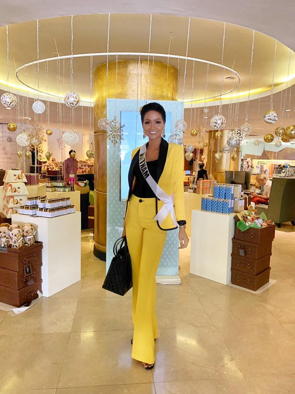 Nào chỉ tóc tém, HHen Niê còn sở hữu nét thời trang này khiến cô khác biệt với mọi ứng viên khác từ Việt Nam - Ảnh 3.