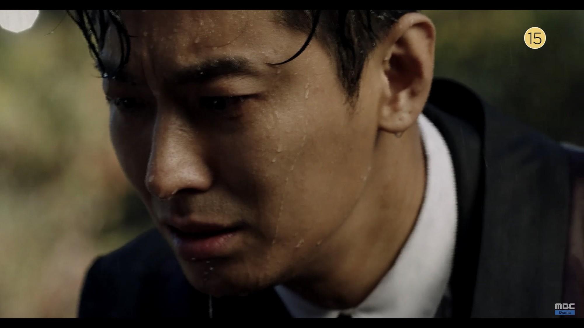 Thái tử Joo Ji Hoon bị siết cổ trong teaser phim mới Item - Ảnh 8.