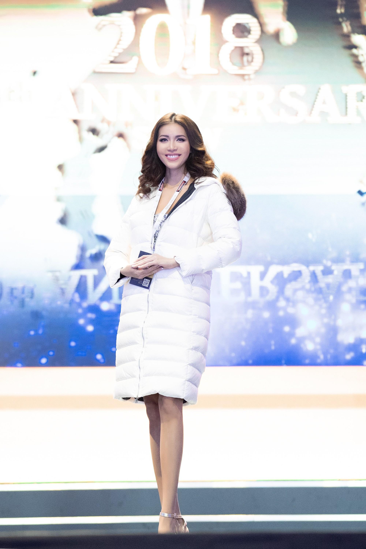 Nhìn lại hành trình đầy tự hào của Minh Tú trước thềm chung kết Miss Supranational 2018 vào 2h sáng mai - 8/12 - Ảnh 10.