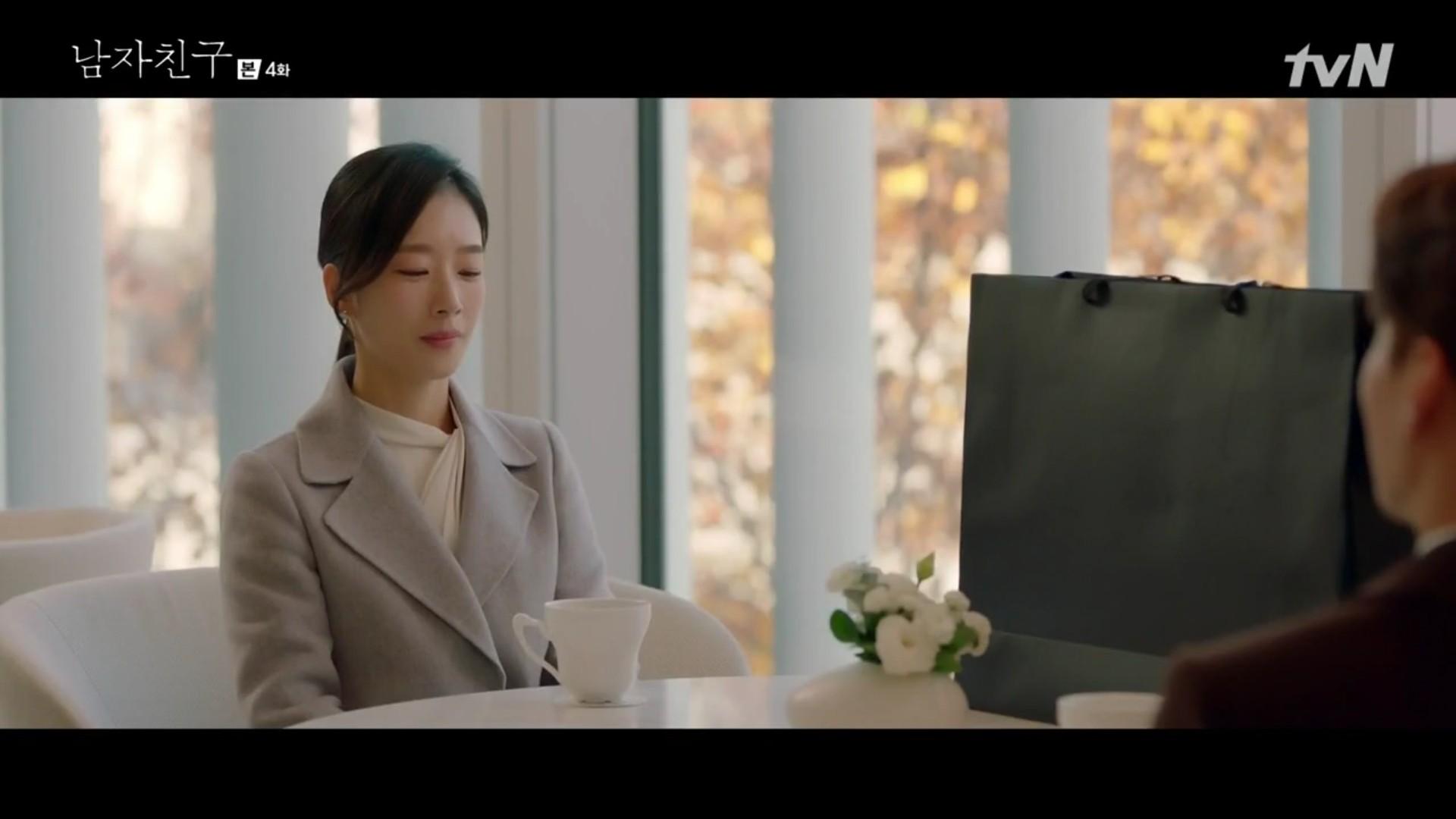 Encounter tập 4: Chồng cũ Song Hye Kyo chua chát nhìn vợ hẹn hò với trai trẻ Park Bo Gum trong xe chở hàng - Ảnh 8.