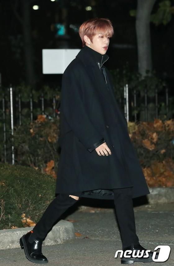 Dàn idol Kpop gây náo loạn tại Music Bank: Irene quá đẹp nhưng bị nữ idol làm lố lấn át, Wanna One, GOT7 đổ bộ - Ảnh 13.