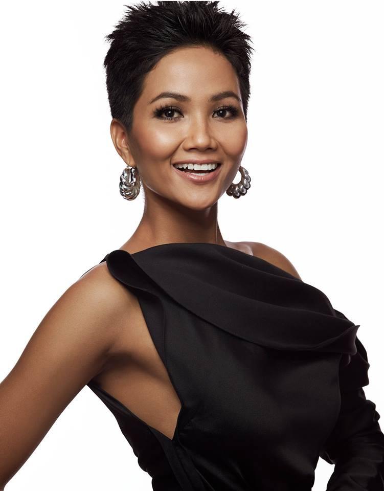 HHen Niê sải bước catwalk chặt chém, cùng dàn mỹ nhân Miss Universe 2018 gấp rút tập luyện cho đêm chung kết - Ảnh 5.