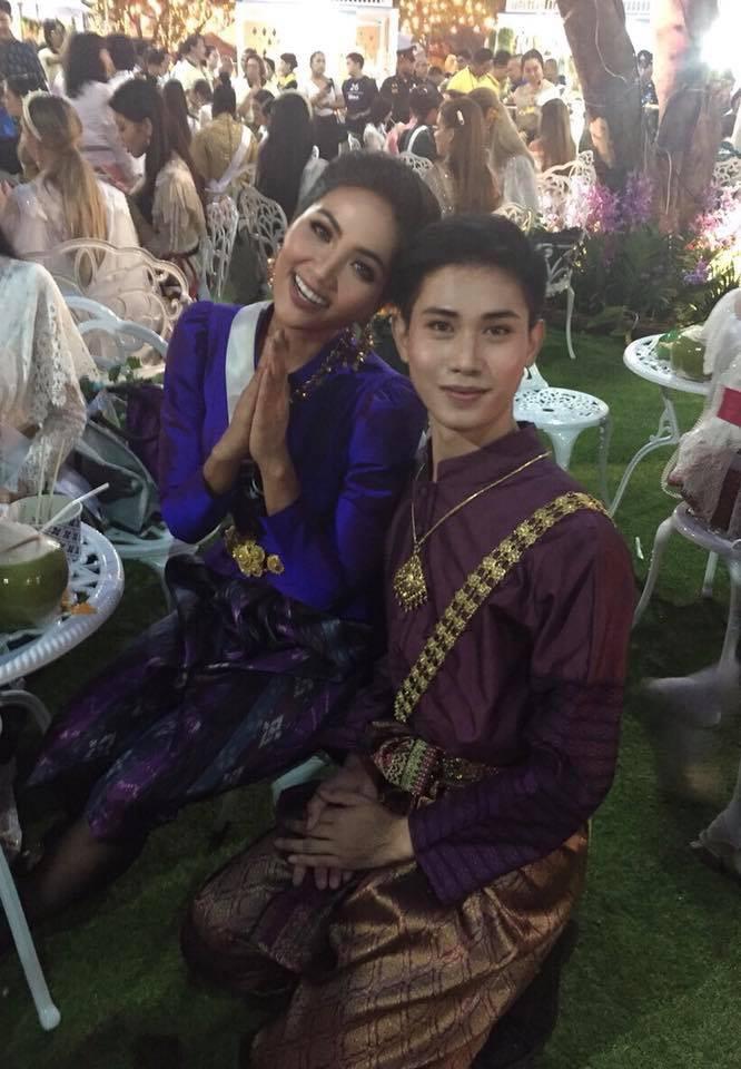 HHen Niê sải bước catwalk chặt chém, cùng dàn mỹ nhân Miss Universe 2018 gấp rút tập luyện cho đêm chung kết - Ảnh 4.