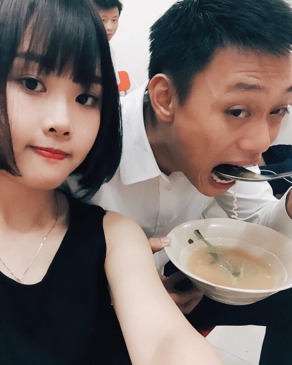 Loạt ảnh siêu lầy lội của vợ chồng Nhật Anh Trắng: Yêu thánh chế nên thế là quá bình thường! - Ảnh 17.