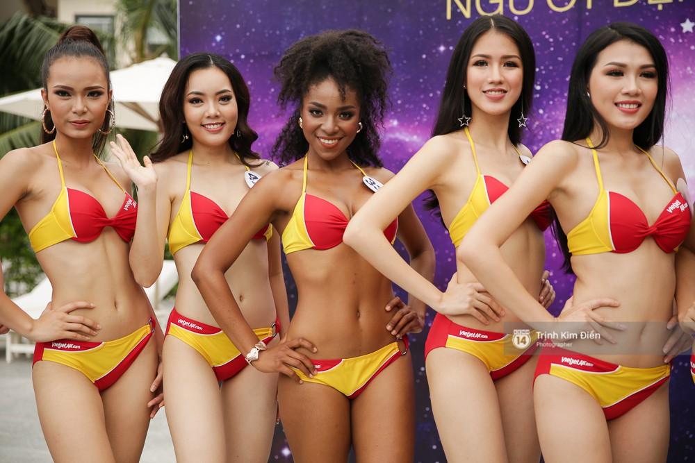 Dàn người đẹp Hoa hậu Hoàn vũ lộ đùi to, bụng mỡ khác xa ảnh photoshop trong phần thi trình diễn bikini - Ảnh 14.