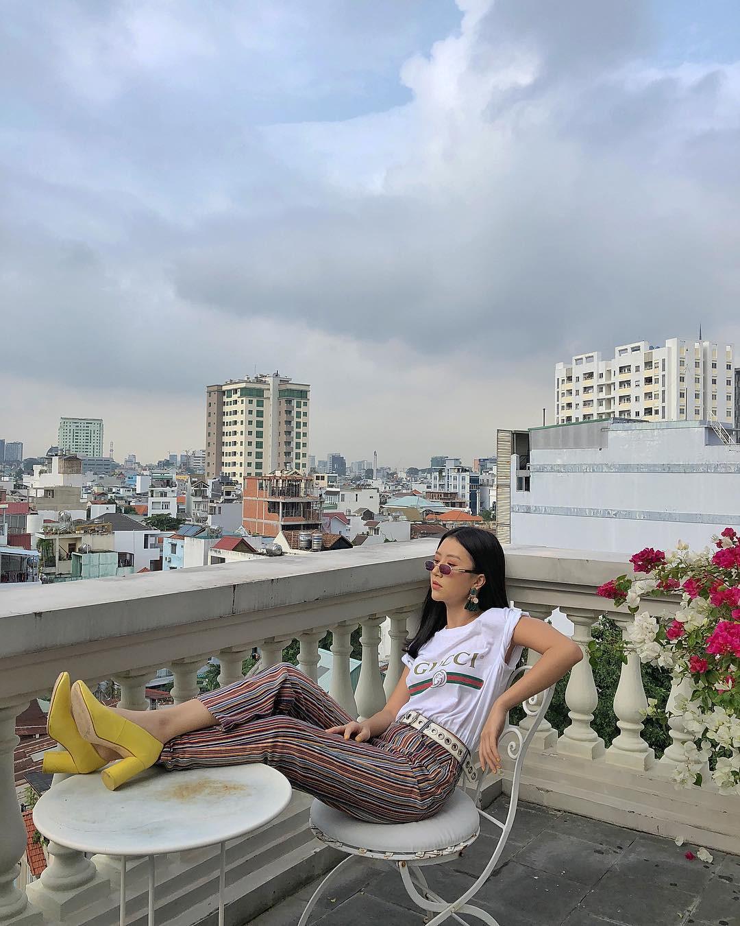 5 items hot hit được giới trẻ Việt sành mặc diện liên tu bất tận suốt năm 2017 - Ảnh 2.