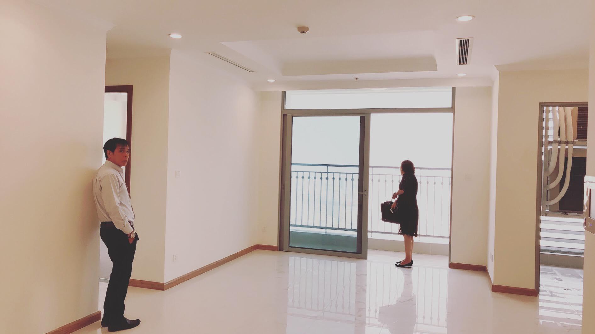 Giang Hồng Ngọc tậu căn hộ gần 6 tỷ tặng bố mẹ - Ảnh 2.