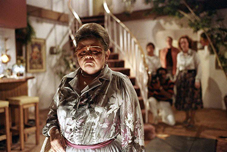 Đừng dại dột mà chọc giận 11 ông đồng bà cốt sau đây: Trị ma còn được huống gì trị nhân! - Ảnh 2.
