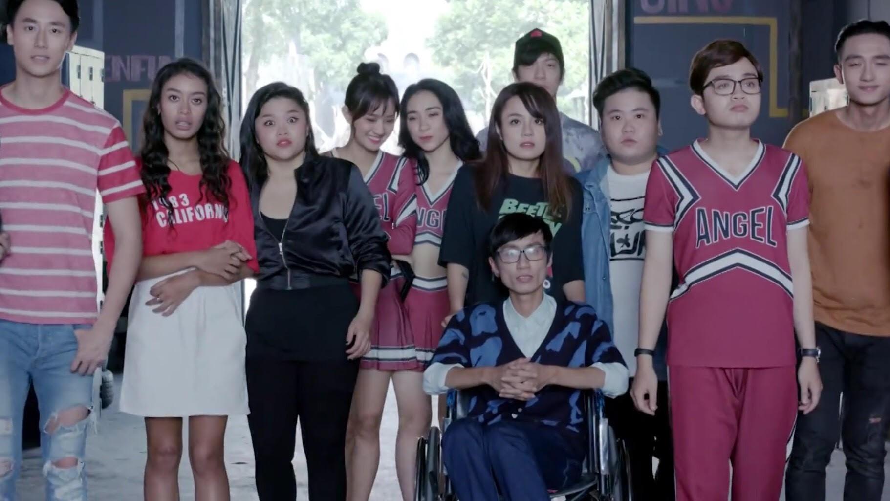 Glee Việt tập áp cuối: Để ủng hộ tinh thần Angela, toàn bộ nữ sinh của Glee đồng loạt mang bầu! - Ảnh 2.
