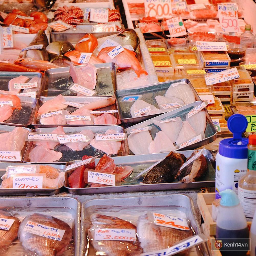 8 món đặc sản nên thử qua khi đến chợ cá Tsukiji nổi tiếng ở Nhật Bản - Ảnh 1.