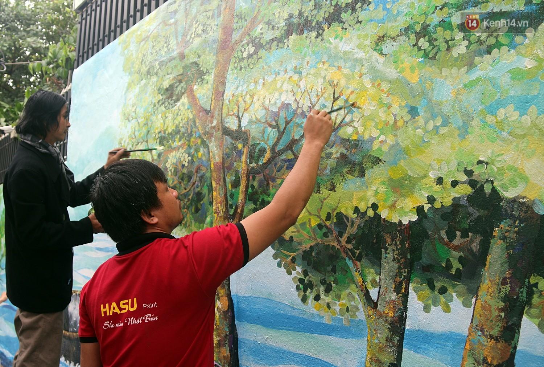 Chùm ảnh: Ngắm nhìn những bức tranh đầu tiên ở làng bích họa trong lòng thành phố Đà Nẵng - Ảnh 6.