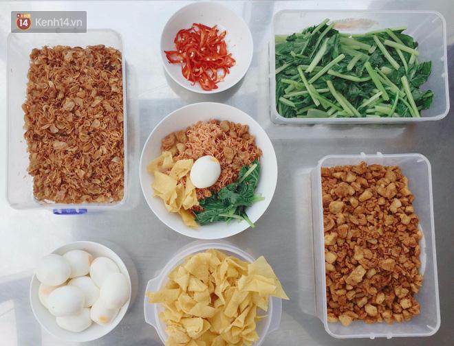 Sài Gòn: Thích ăn mì gói thì nhất định phải thử siêu bản nâng cấp mì trộn bắp bò cay này - Ảnh 6.