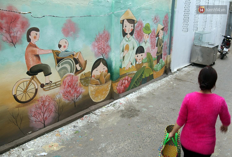 Chùm ảnh: Ngắm nhìn những bức tranh đầu tiên ở làng bích họa trong lòng thành phố Đà Nẵng - Ảnh 7.