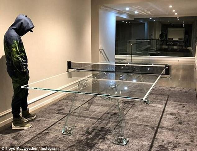 Tay chơi Mayweather khoe bàn bóng bàn trị giá 30.000 đô la - Ảnh 2.