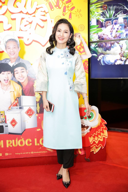 Đông Nhi, Isaac, Rocker cùng dàn sao Việt nô nức trẩy hội, ủng hộ phim Tết của Ngô Thanh Vân - Ảnh 17.