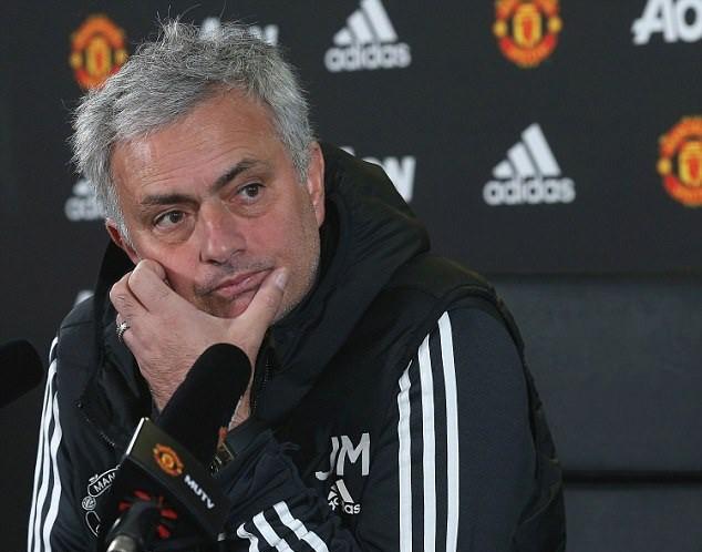 Mourinho: Tôi bối rối vì một số người quan trọng nói về vị trí của Pogba - Ảnh 2.