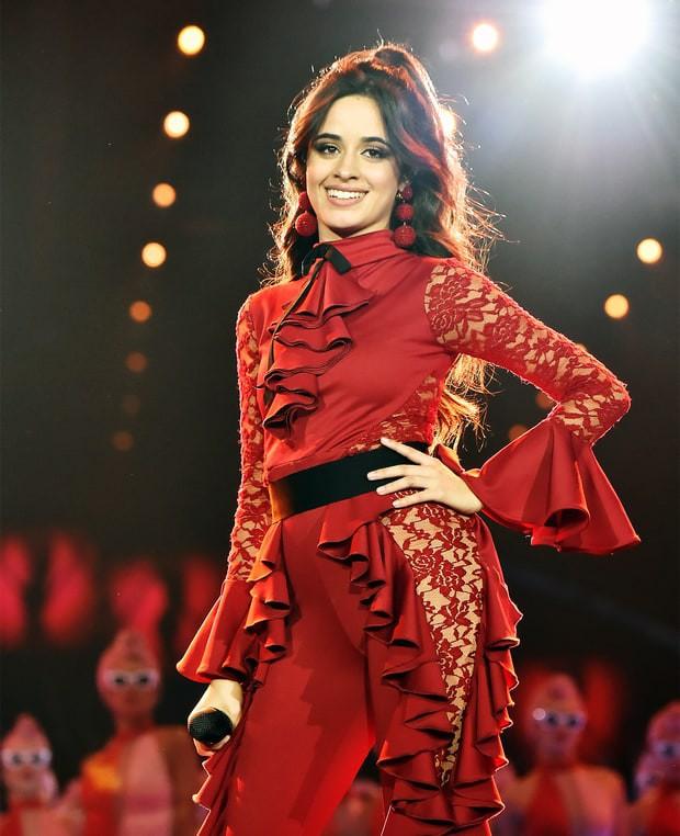 Camila Cabello: Cô gái cao thước rưỡi không biết tiếng Anh vươn lên vị trí siêu sao từ con số 0 - Ảnh 11.