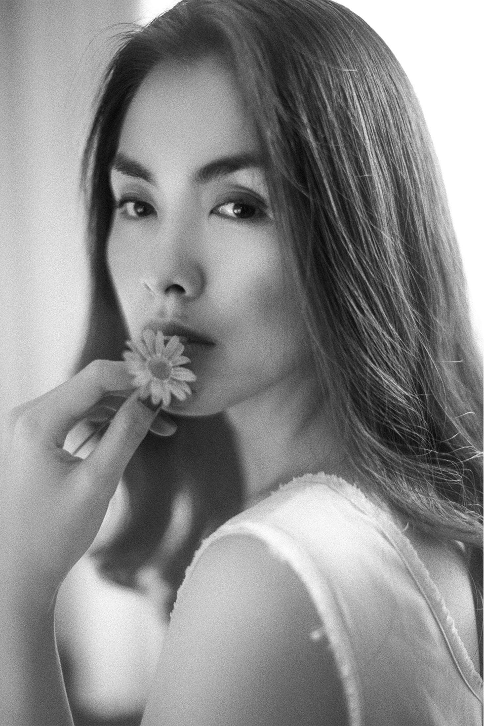 Tăng Thanh Hà, thanh xuân trong trẻo của điện ảnh Việt, nàng đã để khán giả chờ đợi quá lâu rồi! - Ảnh 10.