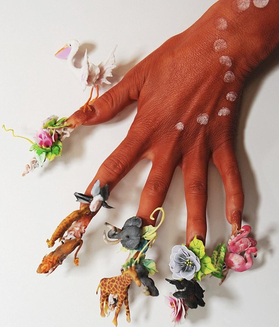 Tuyển tập 17 bộ móng tay chất chơi có tác dụng giúp bạn trốn việc nhà - Ảnh 9.