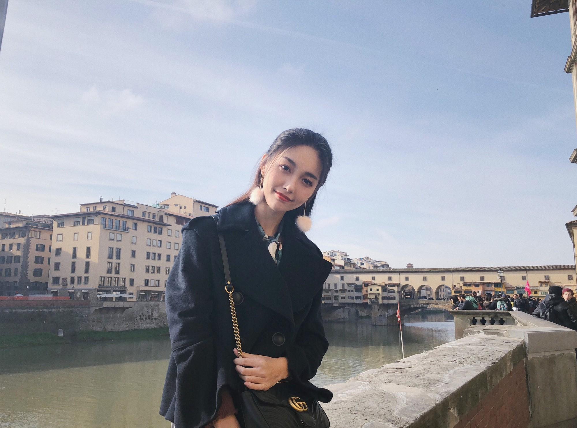 Vẻ đẹp cổ điển của hot girl Trung Quốc thu hút cộng đồng mạng
