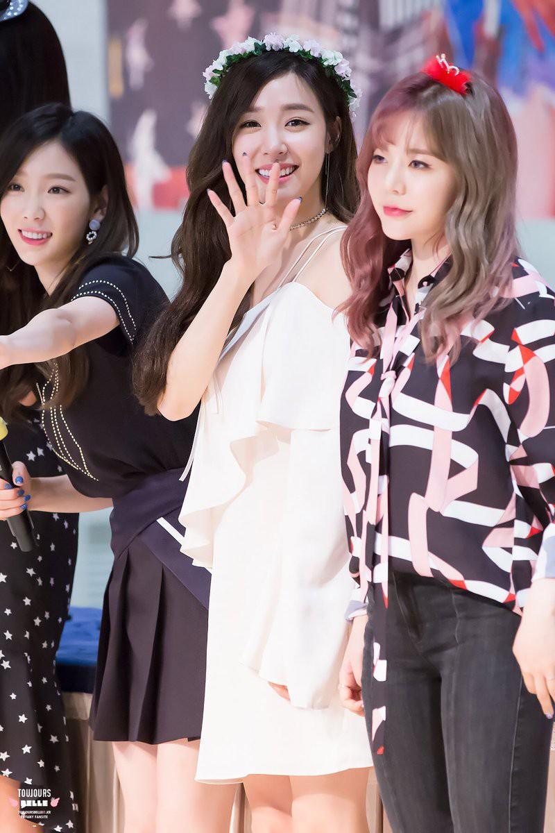 Vừa rời khỏi SM, nhan sắc và phong cách của Tiffany đã tuột dốc thê thảm - Ảnh 8.