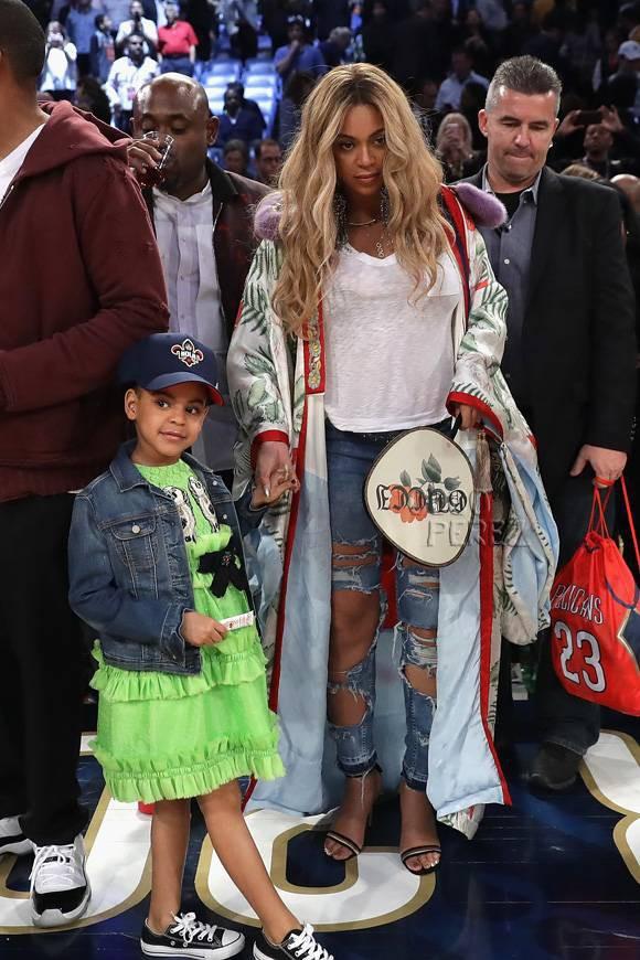 Mới 6 tuổi, con gái Beyoncé đã sở hữu kho đồ hiệu đắt giá khiến nhiều người ghen tị - Ảnh 9.