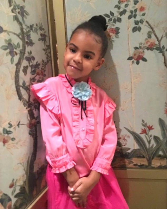 Mới 6 tuổi, con gái Beyoncé đã sở hữu kho đồ hiệu đắt giá khiến nhiều người ghen tị - Ảnh 10.